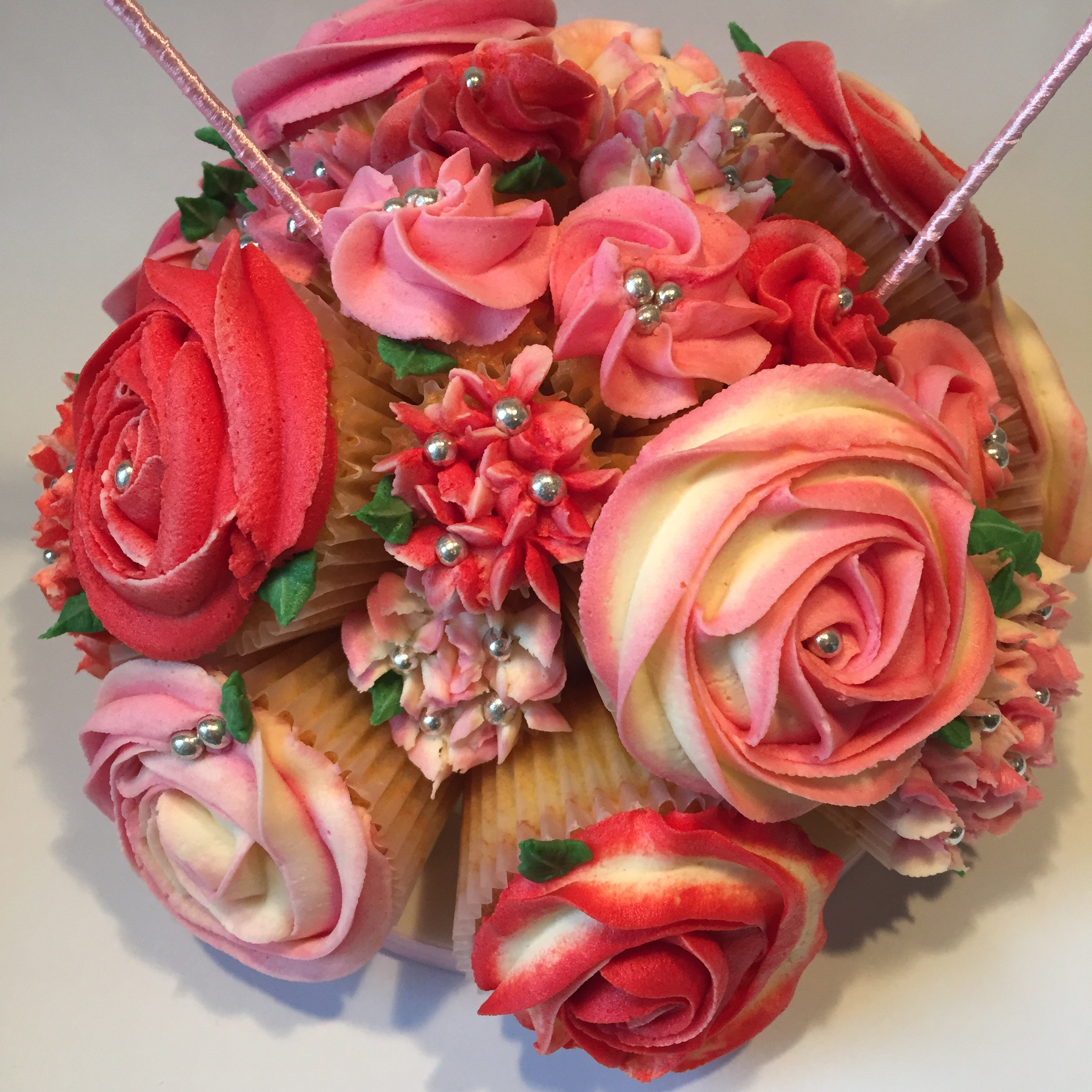 Cupcake bouquets the baking tin red and pink bouquet izmirmasajfo