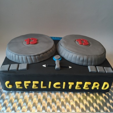 DJ set cake for a budding DJ!